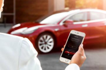 可以寻找附近充电桩,特斯拉发布App新功能