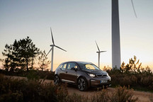 宝马集团11月在华销量攀升10.3% 全球电动车销量激增