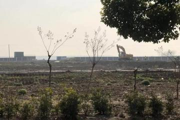 特斯拉超级工厂实探:部分投产期限将近 却无动工迹象