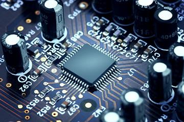 高通正式放弃收购恩智浦,全球芯片产业却没有停止竞合脚步