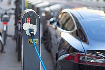 大浪淘沙的新能源汽车,该如何避免被淘汰?