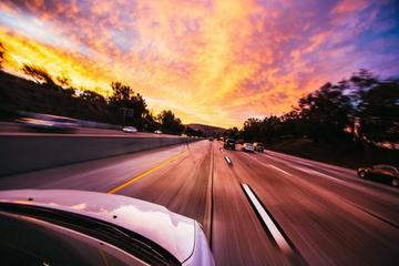 车卖不动了?全球汽车增速料放缓至1.8% 远不及5%水平
