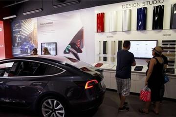 特斯拉为提高产量出奇招 取消两种车型颜色