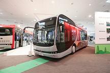 """比亚迪在德国发布中国首款""""模块化""""电动巴士"""