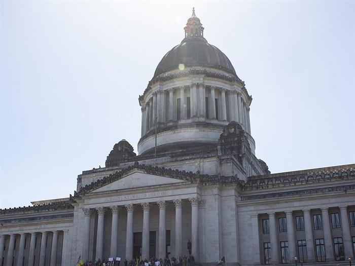 华盛顿考虑立法要求地方车队100%电动化