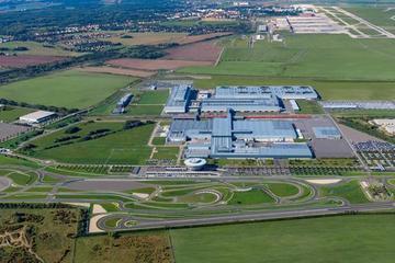 保时捷莱比锡工厂向电动车工厂转型