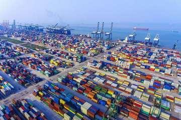 无人集卡车用北斗导航 广州港新式智能码头两年后亮相