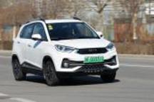 续航实在价格低 体验哪吒N01纯电动SUV