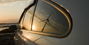 """2月产量跌92%销量下滑34% 北汽新能源称""""系主动调整产品结构"""""""