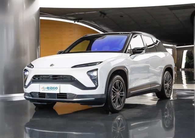轴距长达两米九,蔚来汽车第二款纯电动SUV表现怎么样?