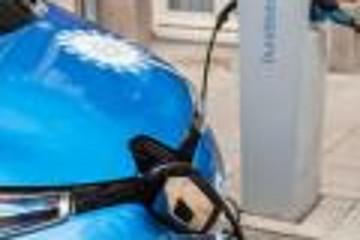 雷诺开始使用慢充桩启动V2G充电功能
