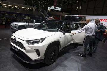 纯电动快速市场化挤压混动空间: 丰田开放2万项专利无偿使用
