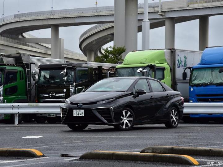 丰田(进口) Mirai 2015款 基本型
