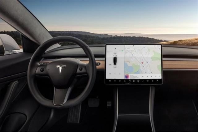5G、自动驾驶、大屏幕、这些真的是一辆车需要的吗
