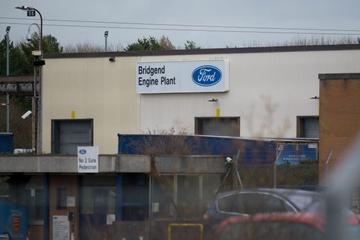 福特继续重组欧洲业务:关闭英国发动机工厂或裁员1700人