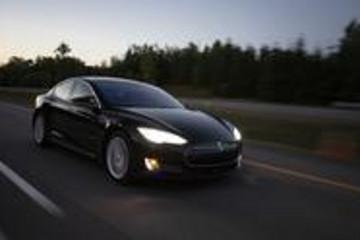 特斯拉Q2事故报告:自动驾驶下每370万英里一起事故