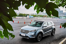 福特电动车国内首次试驾揭秘:领界EV试装车内测