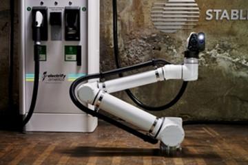 自动驾驶电动汽车如何自己充电? Electrify America合作Stable提出方案