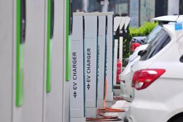中国充电桩行业,荆棘中充满机遇