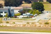 世界最大混合动力电动飞机「安飞」首次试飞成功