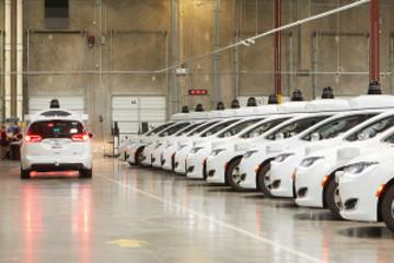 定了!谷歌无人车驶入巴黎,将充当机场大巴