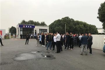 众泰旗下君马经销商与众泰汽车 围绕应付款问题展开协商