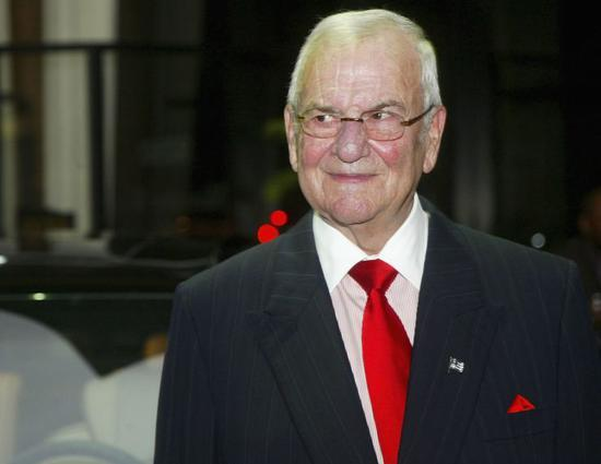 汽车业传奇人物艾柯卡去世 享年94岁