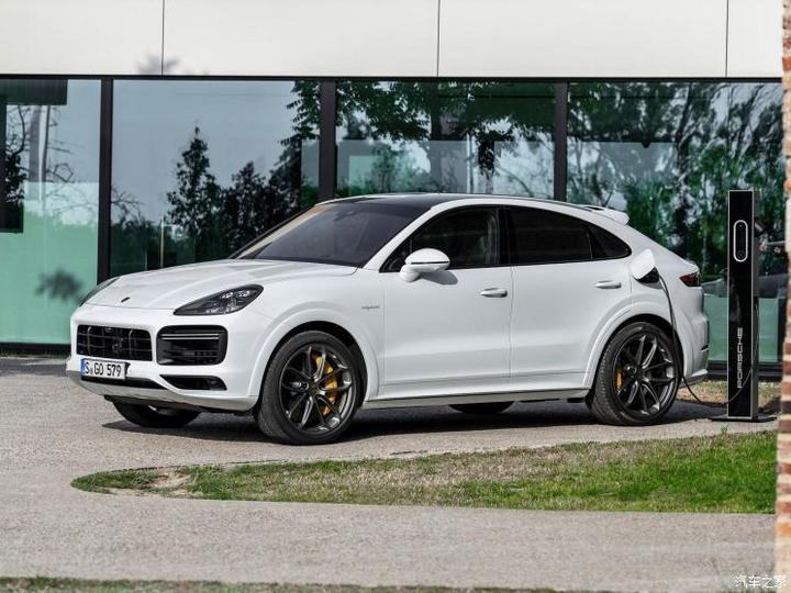 保时捷 Cayenne新能源 2020款 Cayenne Turbo S E-Hybrid Coupé 4.0T