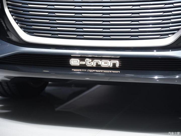 奥迪(进口) 奥迪Q4新能源(进口) 2019款 e-tron概念车