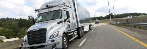 自动驾驶,自动驾驶,戴姆勒自动驾驶驾车,SAE L4自动驾驶卡车