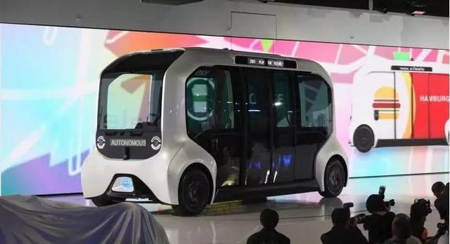 """出行生态,飞行概念车,今年CES上的汽车黑科技不再""""黑"""""""