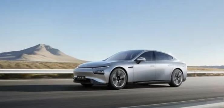 小鹏汽车首份上市财报披露,但关于智能汽车的想象不止于此