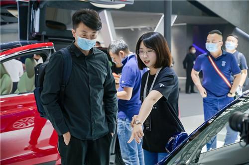 特斯拉携三款主力车型亮相广州车展5_副本