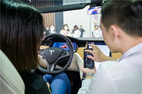 特斯拉携三款主力车型亮相广州车展6_副本