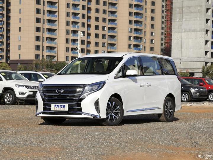 广汽乘用车 传祺M8 2021款 领秀系列 390T 豪华版