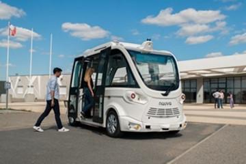 Navya推出L4全自动驾驶接驳车服务 不配备安全驾驶员