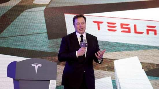 图:电动汽车制造商特斯拉首席执行官埃隆 · 马斯克