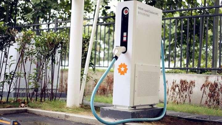 截至8月全国充电桩保有量138.2万台,仍存在较大缺口