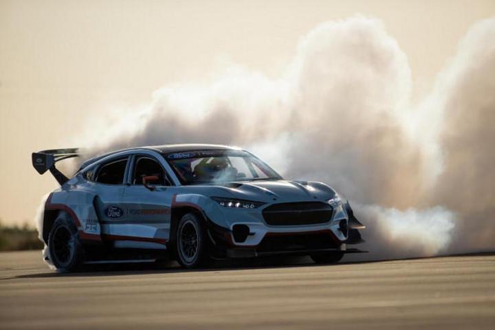 """交付前可完成""""私人订制"""" ,Mustang Mach-E推远程车辆设置功能"""