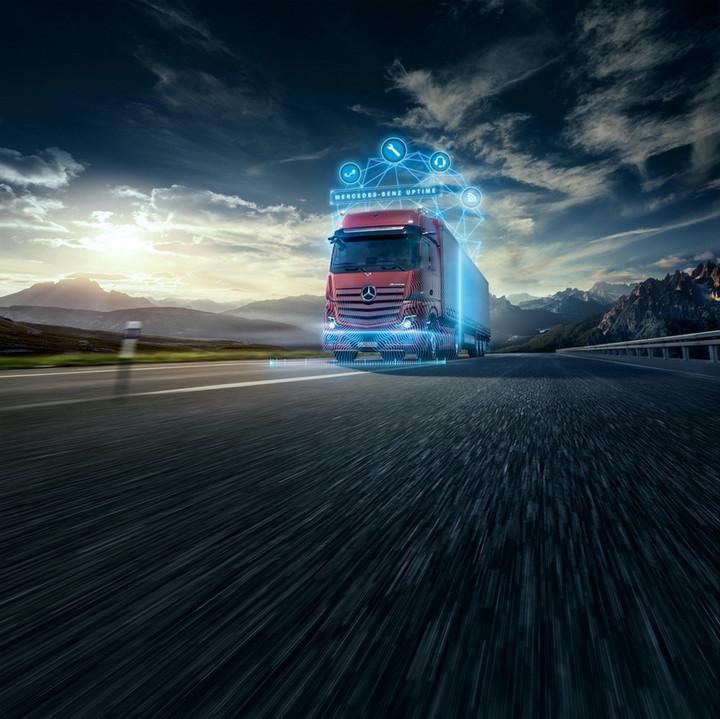 """16. 本着""""卡车即服务""""的理念,梅赛德斯-奔驰卡车致力于通过数字服务助力客户优化流程、细化车辆管理.jpg"""