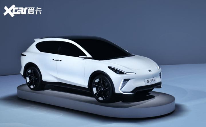 多项核心科技首发 IM智己重新定义汽车