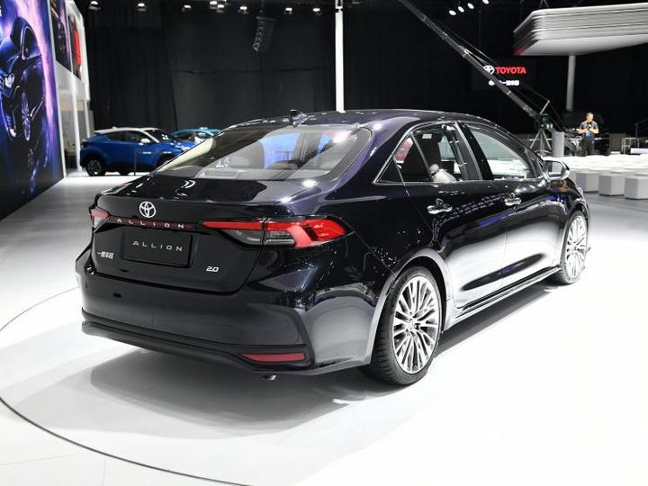 一汽丰田 ALLION 2021款 2.0L 基本型