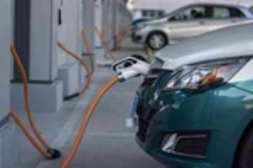 美股收盘新能源汽车股齐下跌:特斯拉跌超2% 理想小鹏跌超4%
