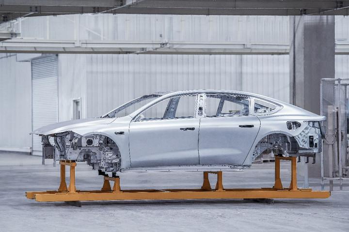 E周新势力   小米首款车售价公布;传滴滴启动造车;极氪001有望3季度上市