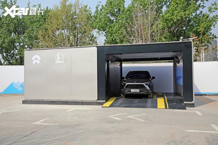 电箱搬进加油站 蔚来第二代换电站亮相