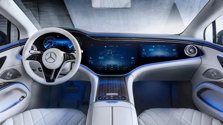 奔驰发布EQS 配备脱手自动驾驶技术