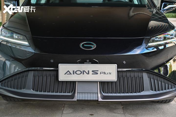 埃安AION S Plus对比R汽车ER6