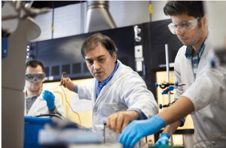 电池,伊利诺伊理工学院,锂空气电池,电解质,电池组件,磷化钼