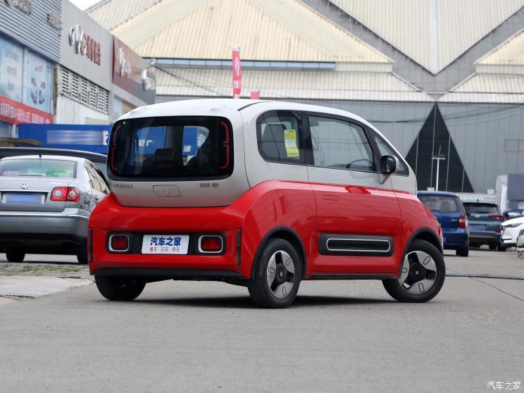上汽通用五菱 宝骏KiWi EV 2021款 设计师