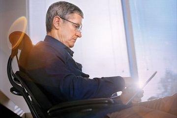 苹果CEO库克云淡风轻中插了传统汽车一刀